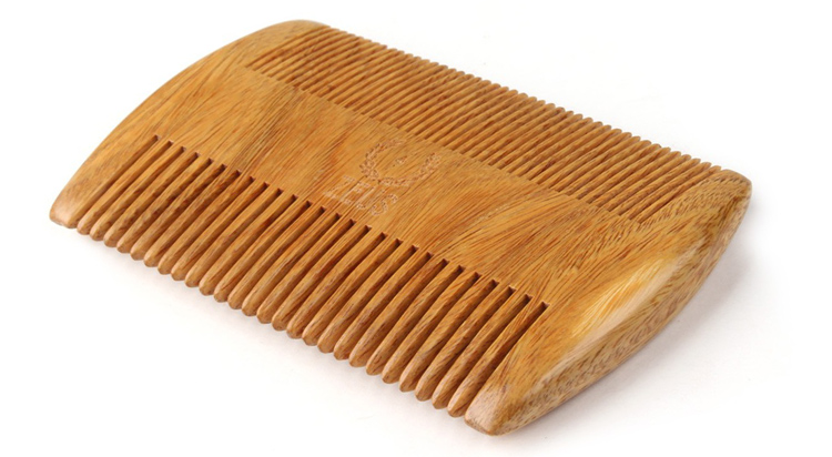 6 Wooden Beard Comb Designs With Style - Beard Manly